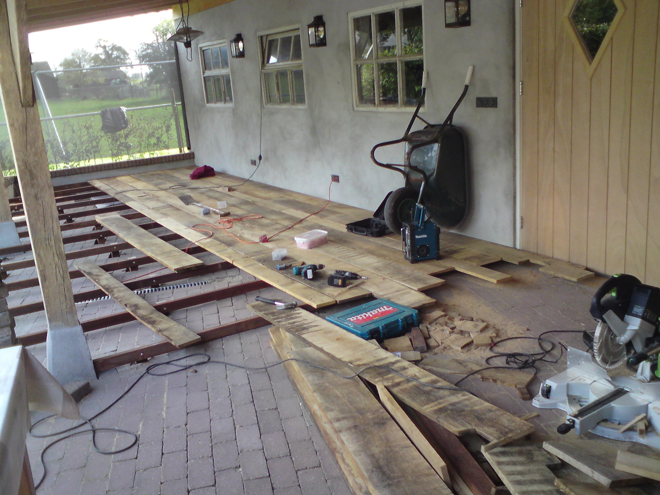 Foto op hout maken eigen huis en tuin houten bloembakken for Betonnen wasbak maken eigen huis en tuin
